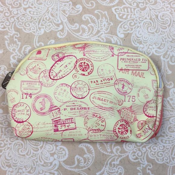 ipsy Handbags - Ipsy Yellow & Orange Flight Print Cosmetic Bag